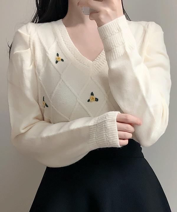 키쥬 꽃자수 브이넥니트(아이,블랙)