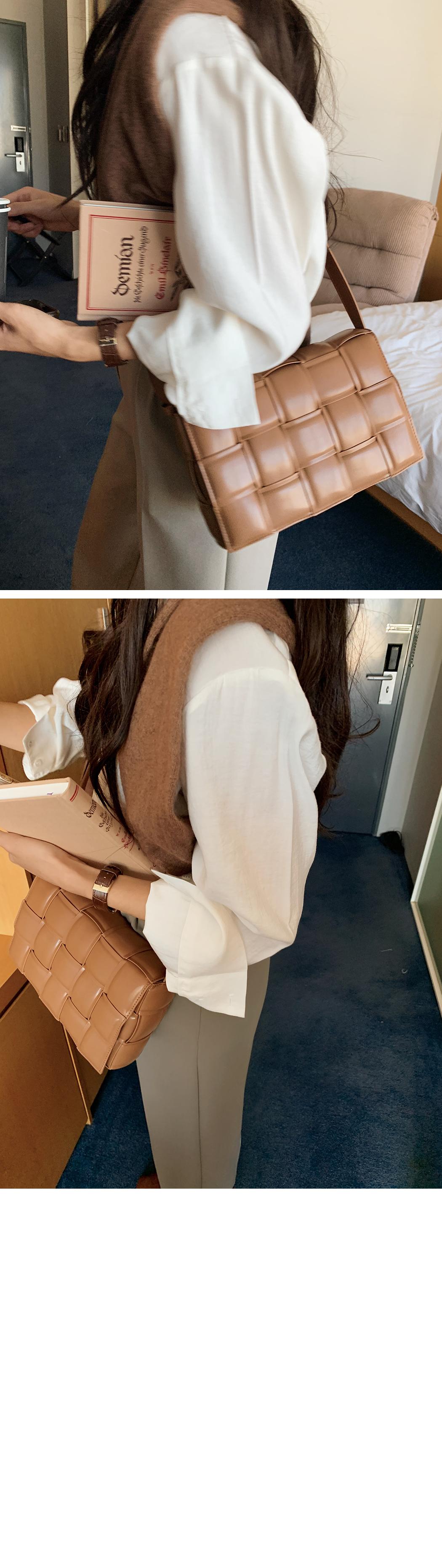 Two pocket shirt blouse