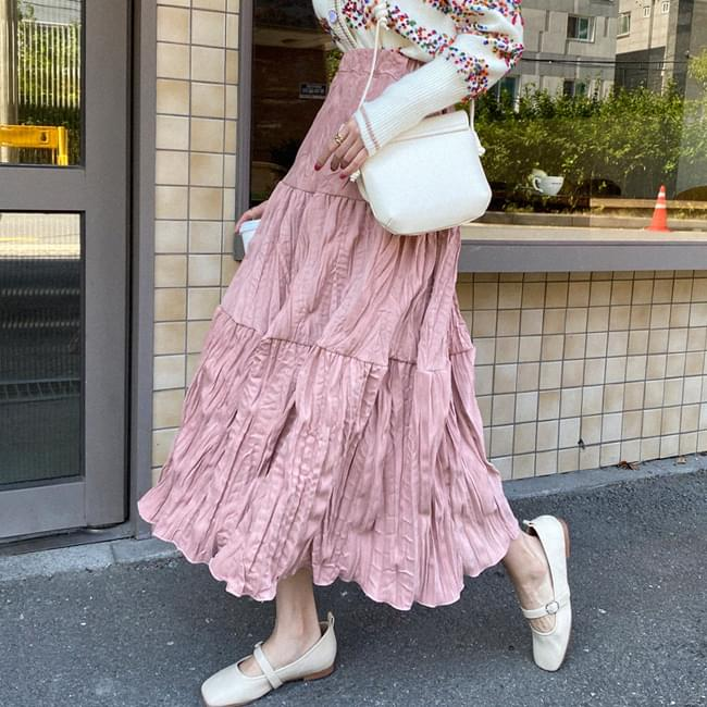 Wrinkled Flower Long Skirt