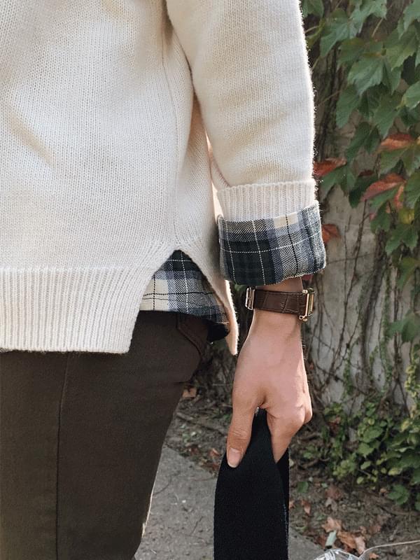 Mood tone slit wool knit