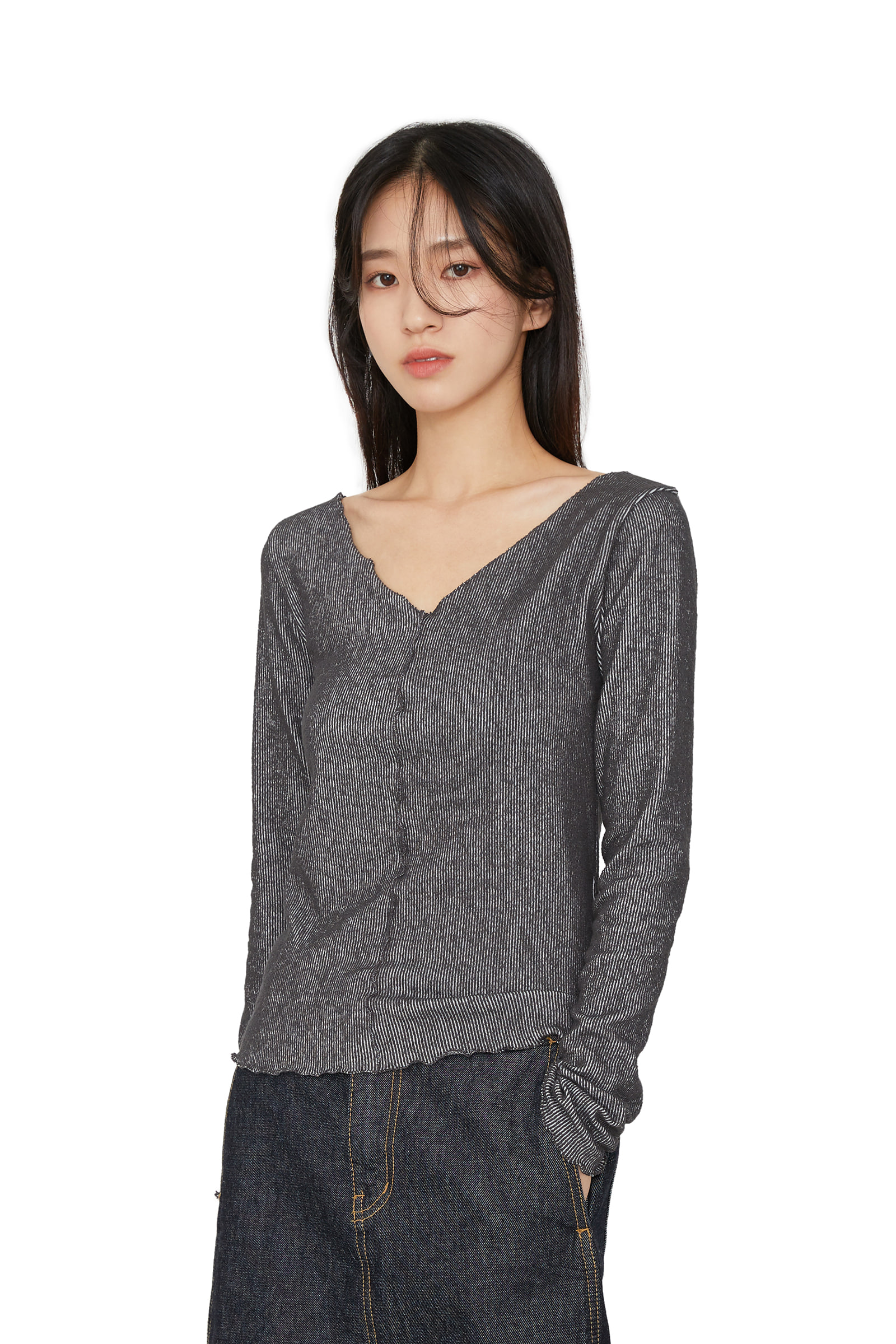 Wave pattern v-neck casual top
