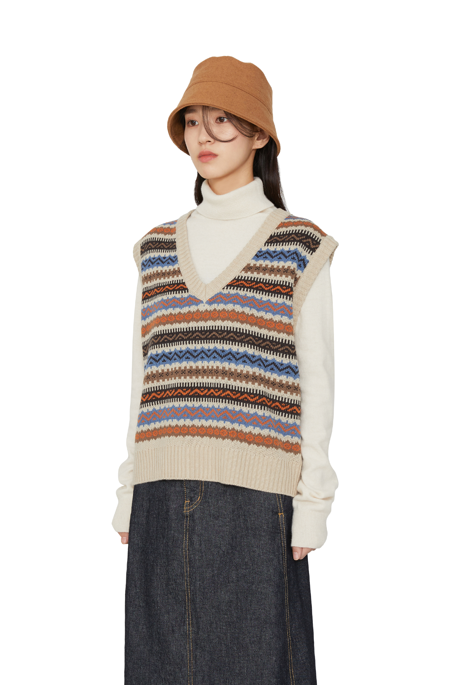 Wea pattern V-neck knit vest