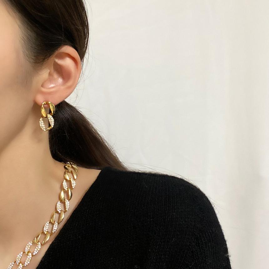 Noi Cubic Circle Bold Nickel-Free Needle Earrings