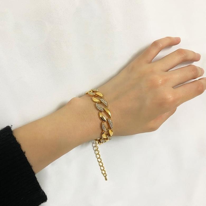 Neu Norstel bold chain bracelet
