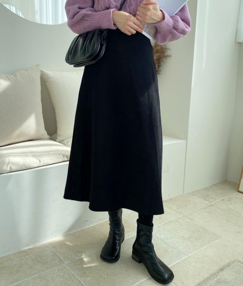 Weisswear Skirt