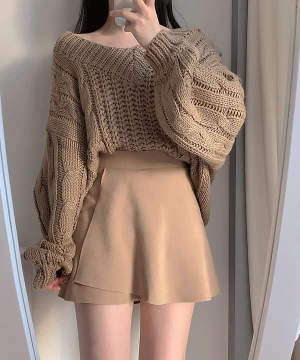 Yeori Rouge V Twister Knit