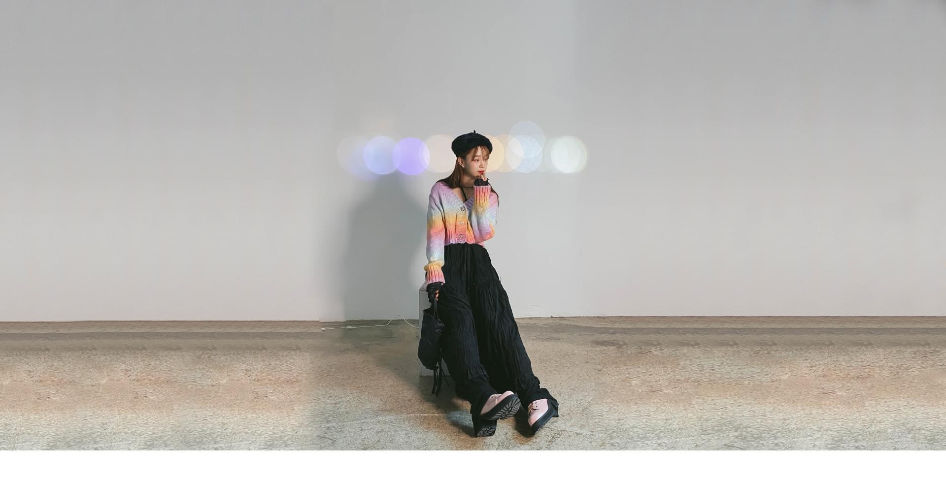 Rainbow cropped cardigan 開襟衫