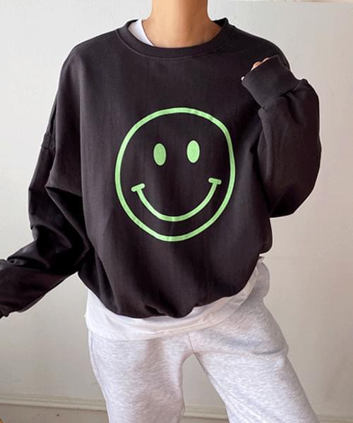 Smile Overfit Sweatshirt
