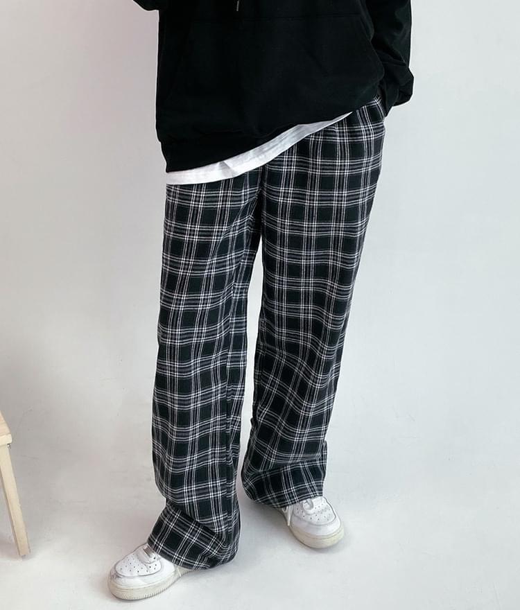 Baggy Check Pants