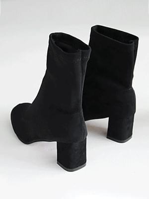 麂皮絨彈性粗跟靴