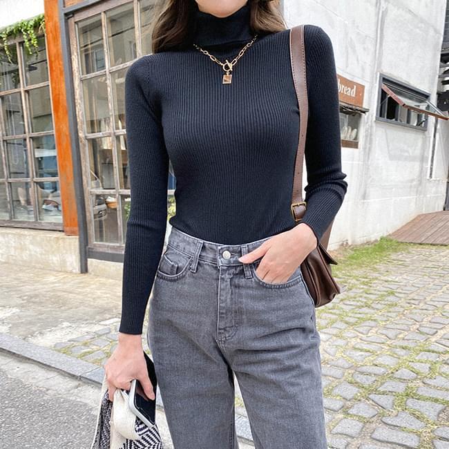 Linegood Ribbed Turtleneck Knitwear