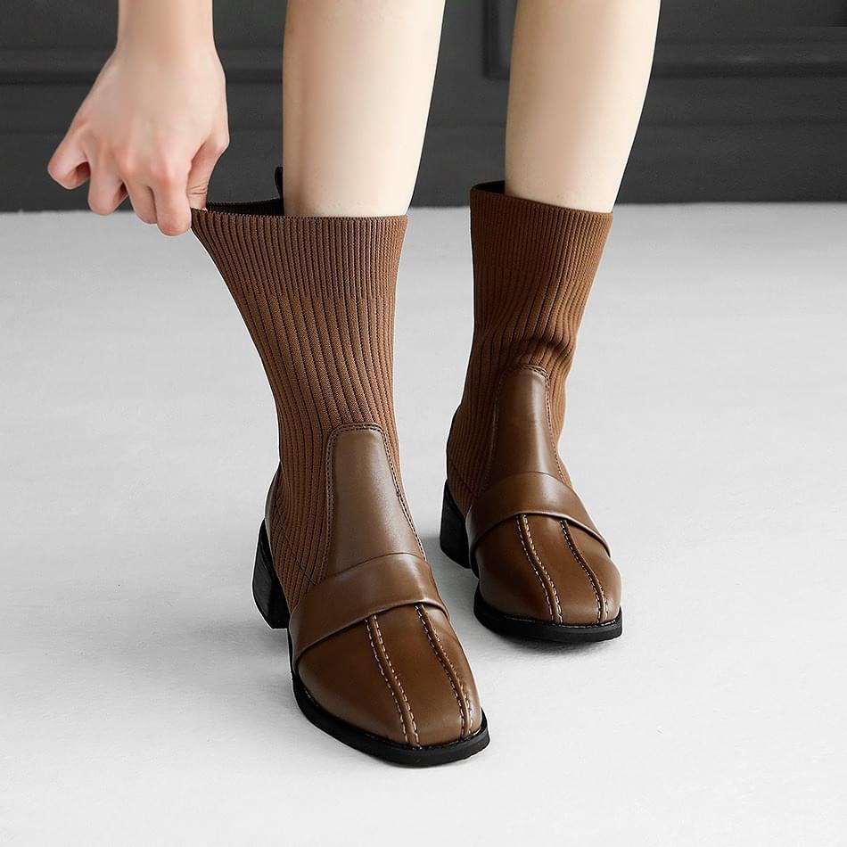 Tiatsu socks ankle boots 4cm