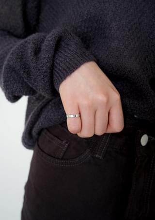 simple flat mini ring
