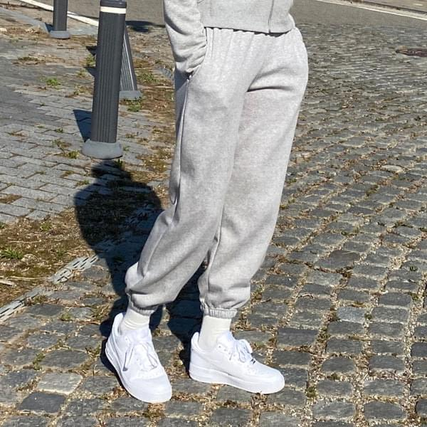 Stay Fleece-lined jogger pants