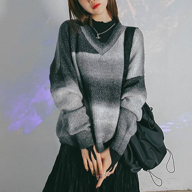 Gradient Kyle V-Neck Knit