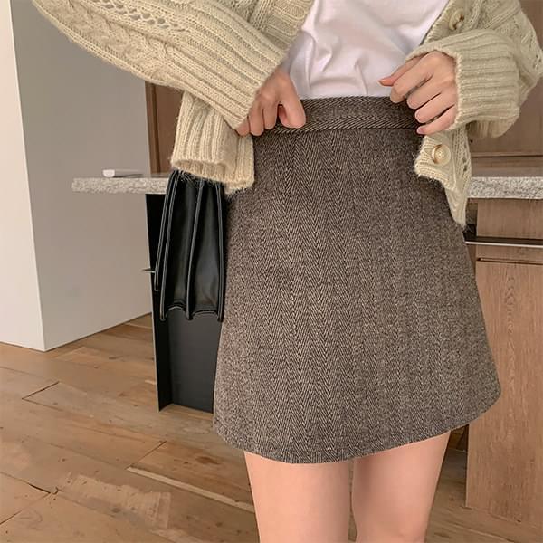 Wool herringbone skirt