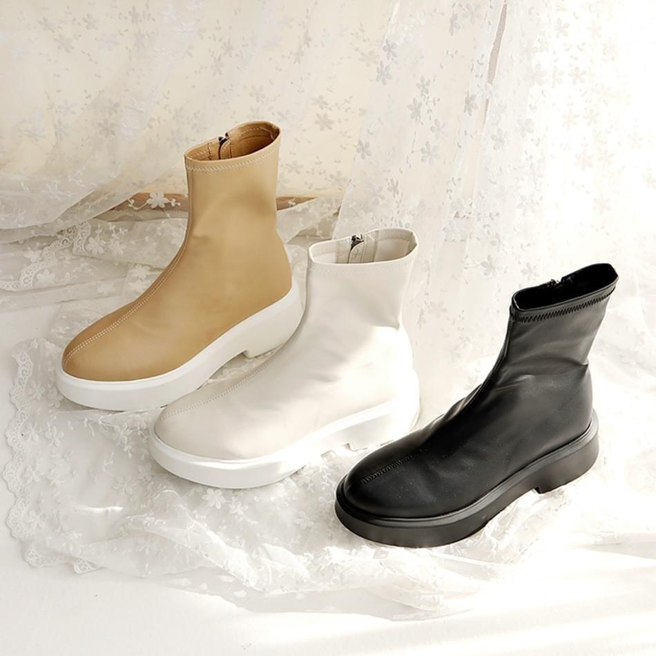 Izea full heel socks ankle boots 5cm 靴子