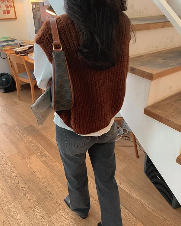 Maren high-neck knit vest