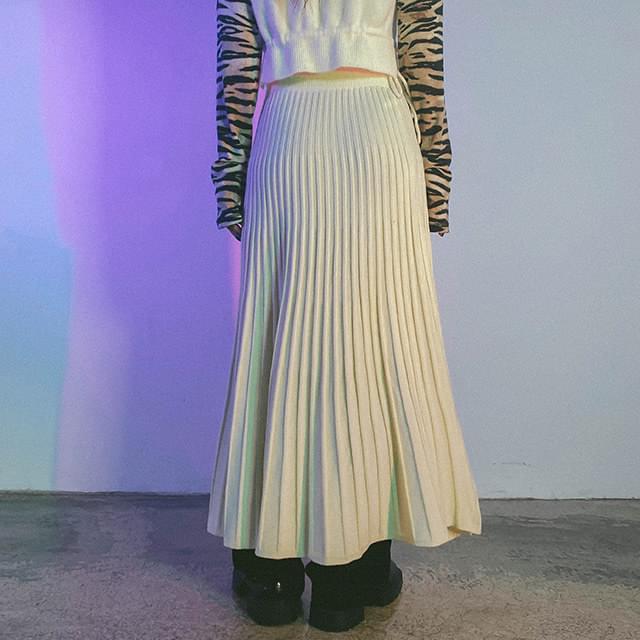 Wool loli knit skirt