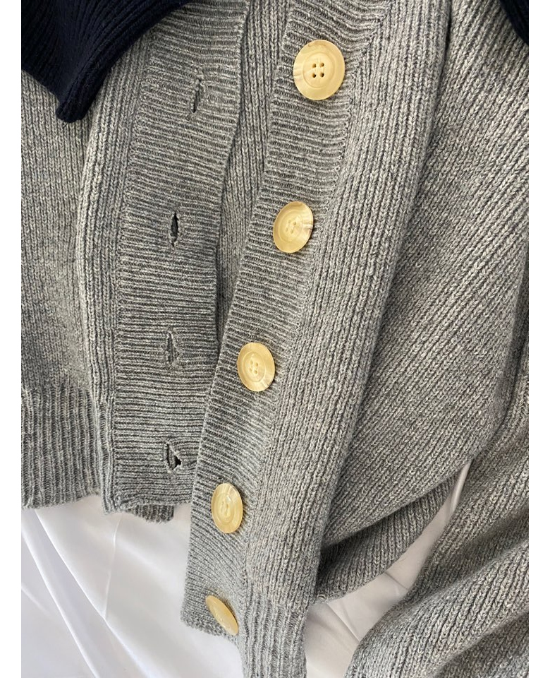 Big button cardigan