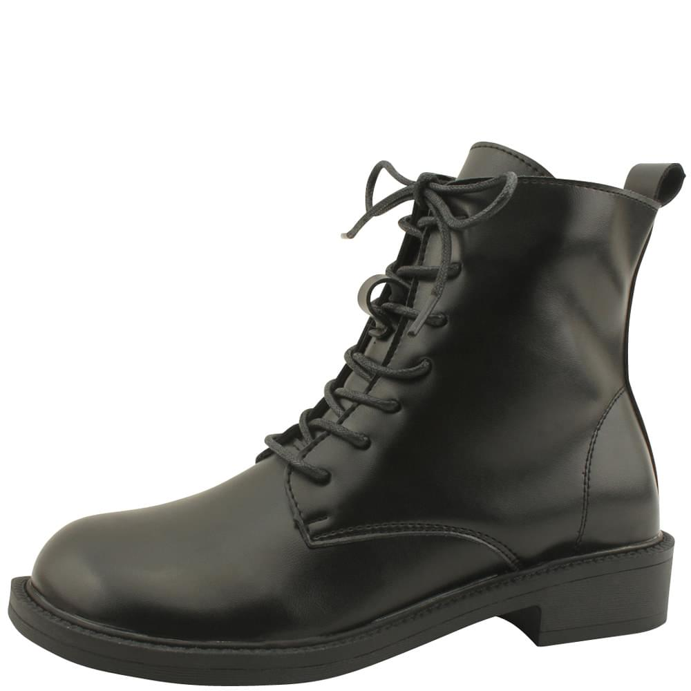 Classic Flat Walker Ankle Boots Black
