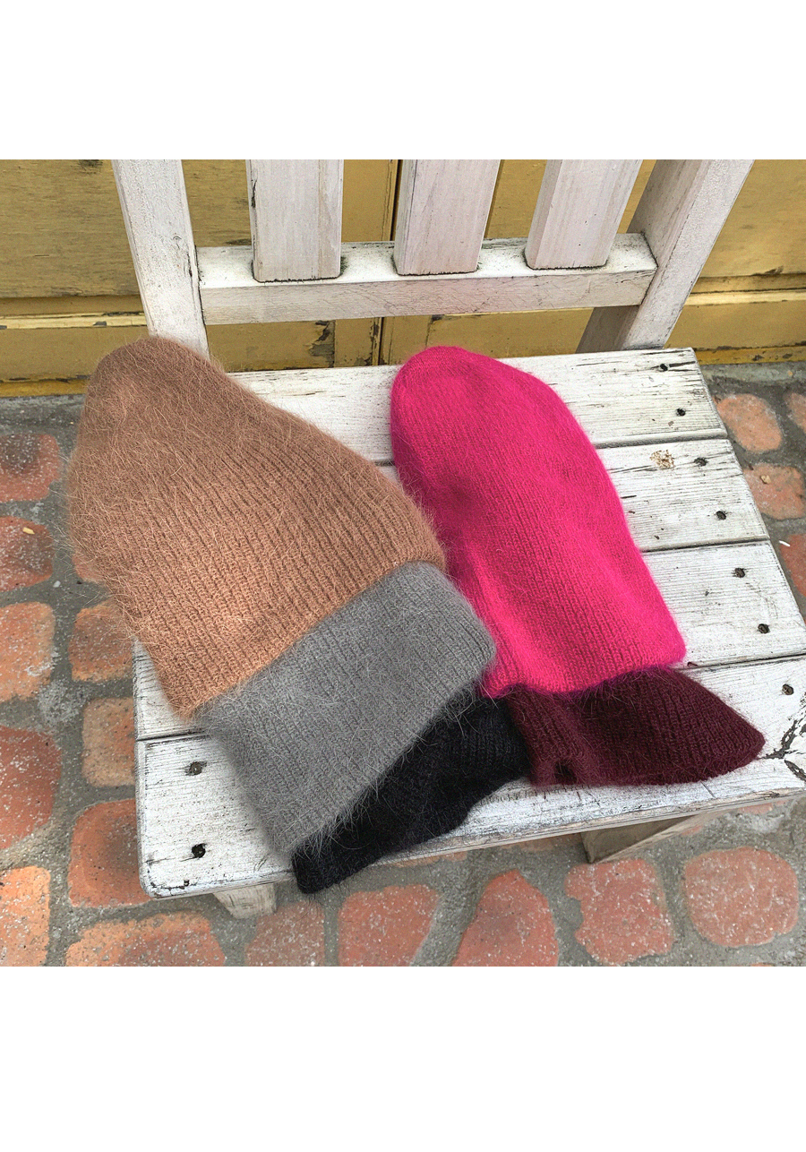I want to have angora beanie hat