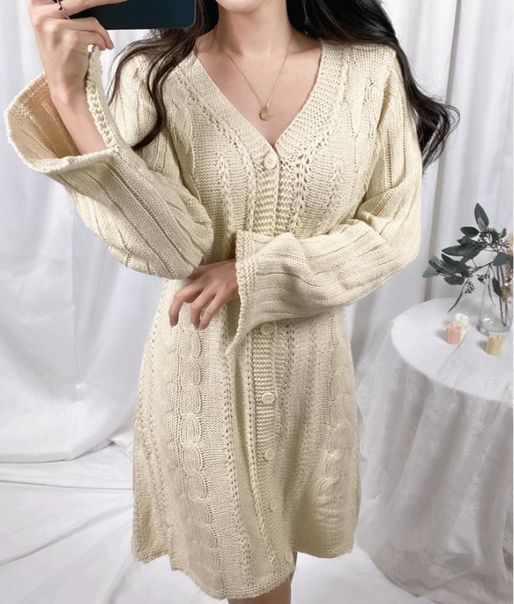 V-neck twisted knit dress ワンピース