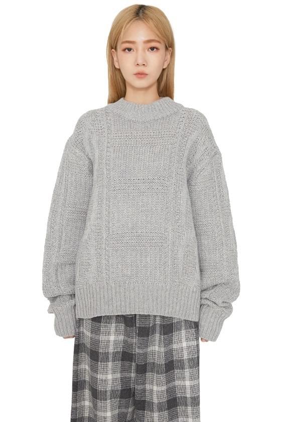 Fisher pattern crew neck knit