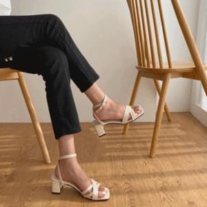 X-strap middle heel sandals 5cm