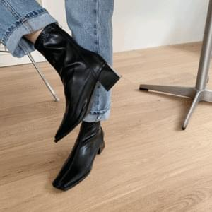 Middle heel square nose ankle boots 5cm