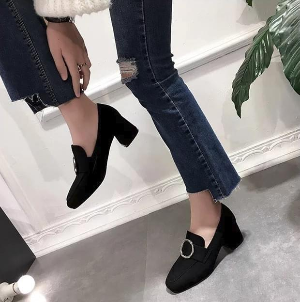 Suede loafers middle heel 5cm