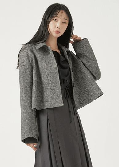Wool herringbone short coat