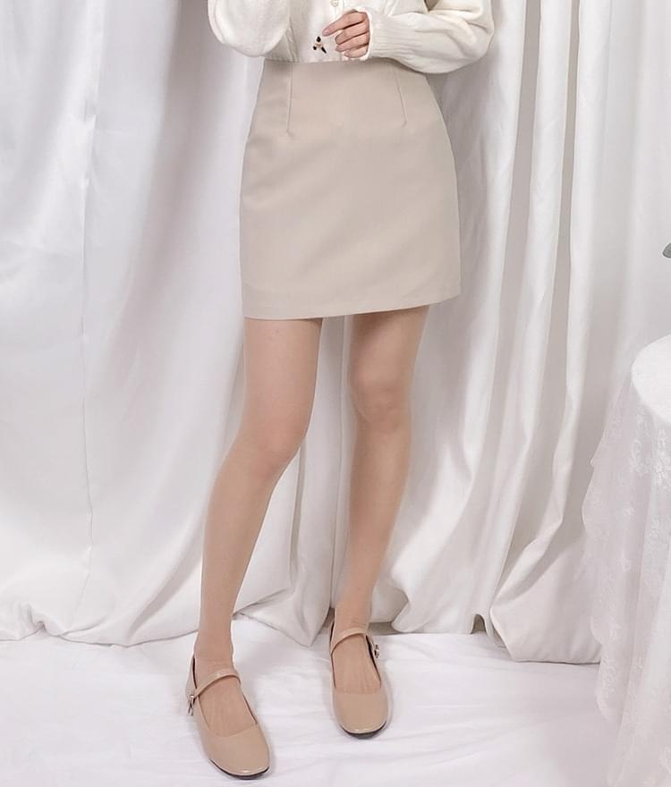 Pore mini skirt 裙子