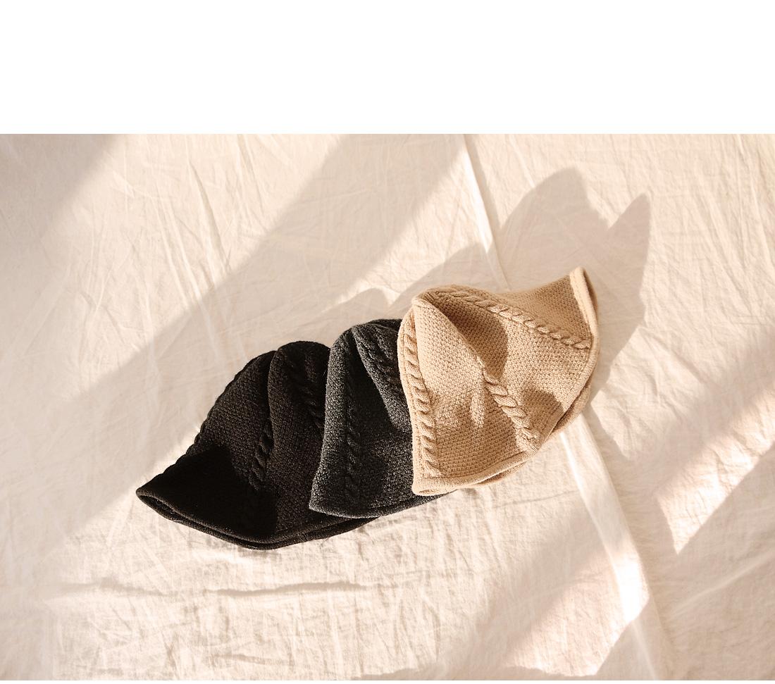 Twist Pattern Knit Hat