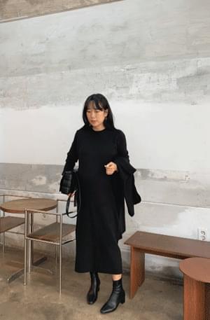 Round Tantan Knit Dress