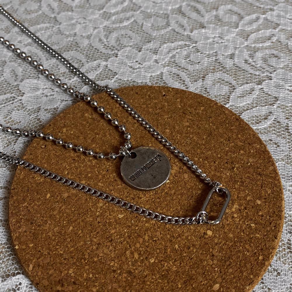 Mono lettering bold set necklace