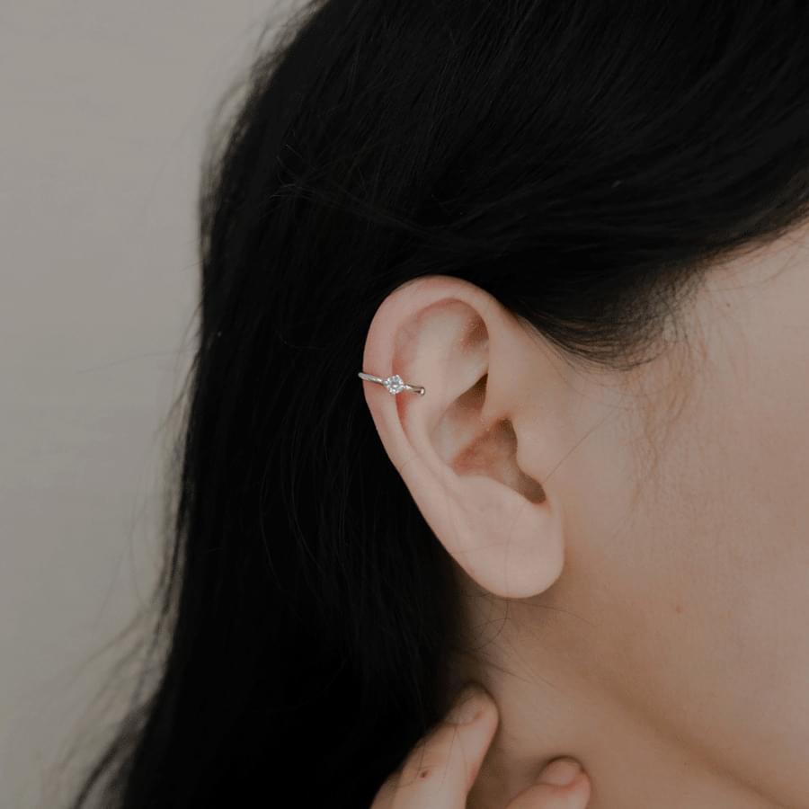 Point cubic ear cuffs