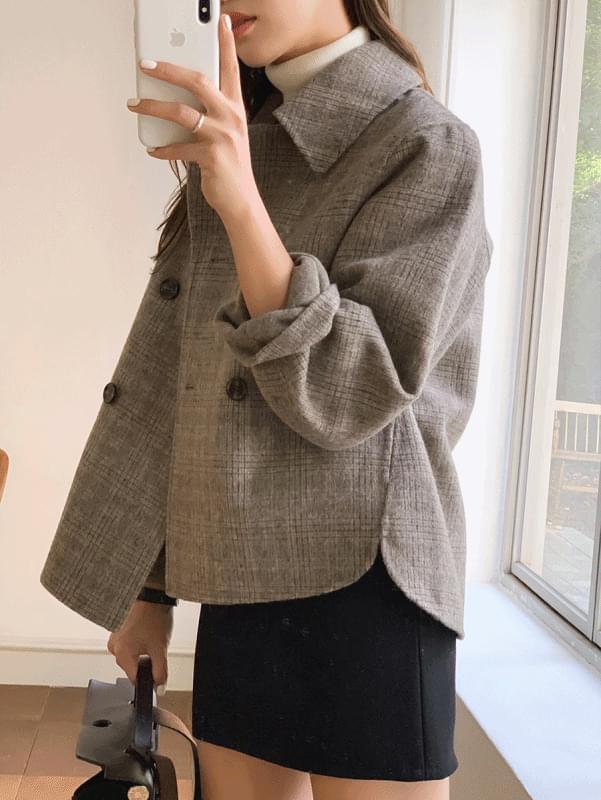 (Hand Made) Creamy Short Hand Coat