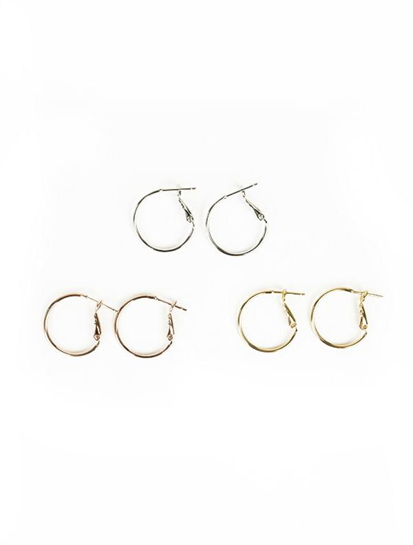 Simple small ring earrings