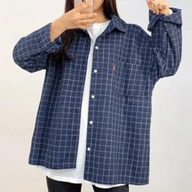 Red patch square check shirt