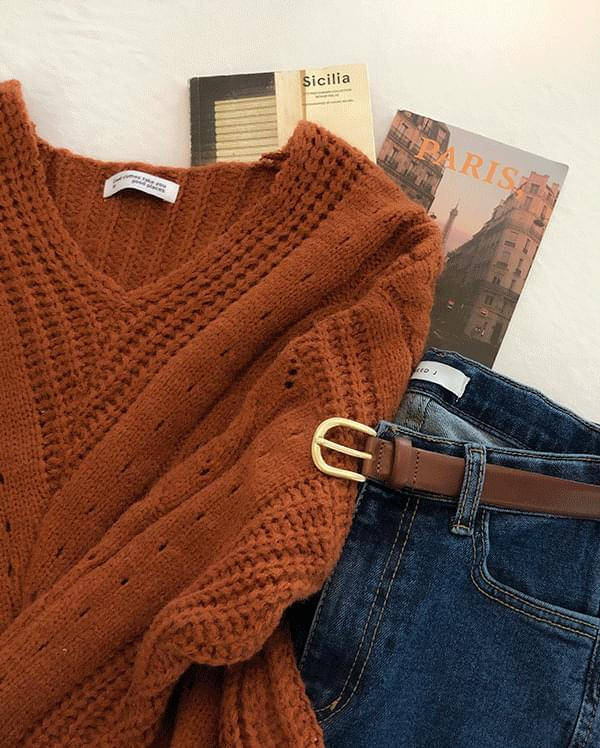 #Any place Cinnamon V Cable Knit