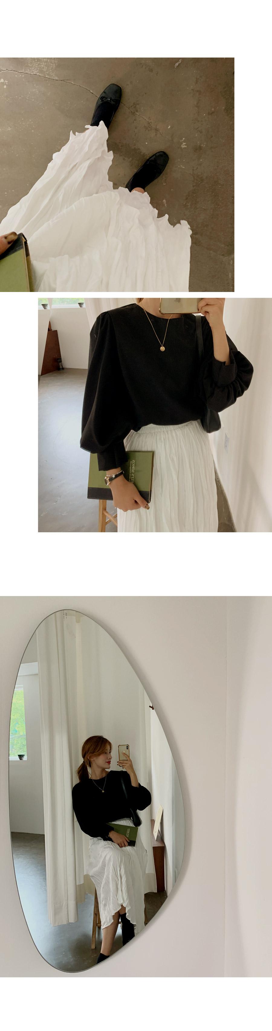 Muse Elegant Ring Closure Skirt