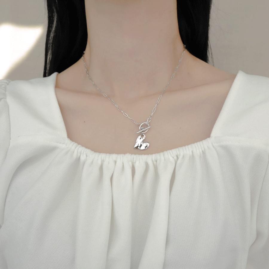 Heart bar collar necklace