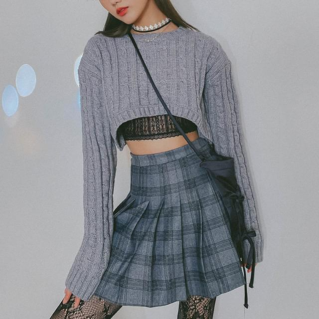 Cable Bling Cropped Knit