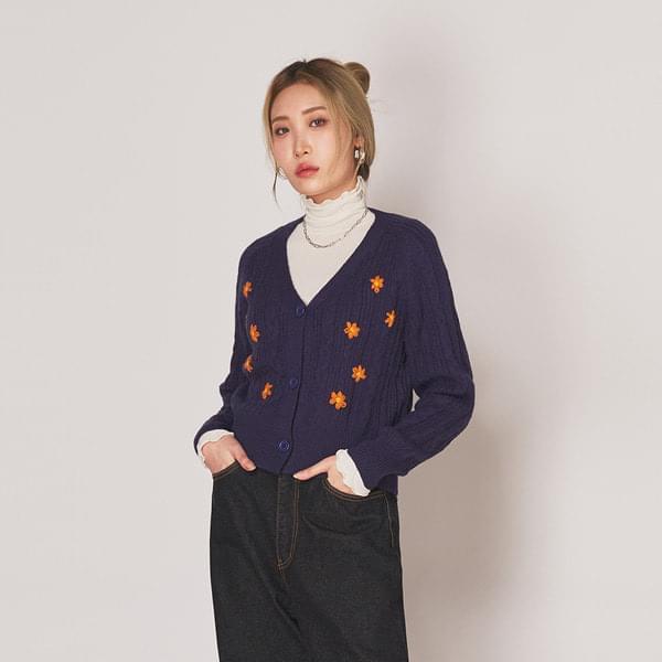 Embroidered flower crop cardigan 開襟衫