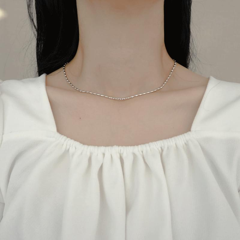 Simple bell chain necklace