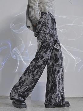 Tie-dye wrinkle velvet pants
