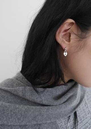 heart lock pendant earrings