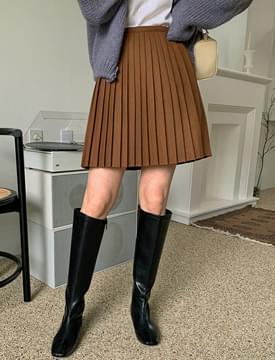 Love Me Wool Pleated Mini Skirt