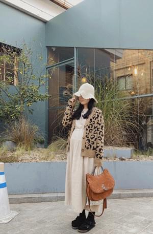 Leopard wool cardigan